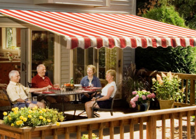 Retractable Awnings in Los Angeles