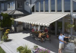Retractable Awning Agoura Hills CA