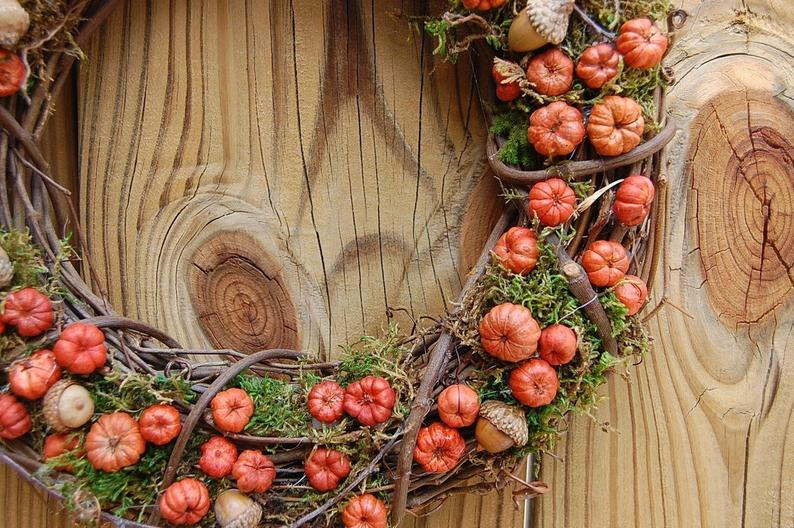 Fall wreath with branches and putka pods